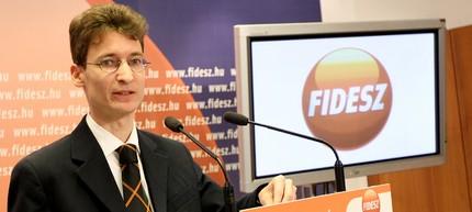 Cser-Palkovics András, a Fidesz helyettes szóvivője