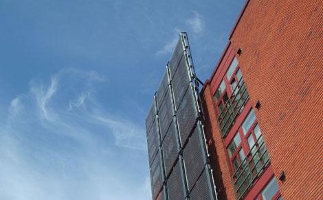 Napsugárzás energiatartalmát felvevő berendezés