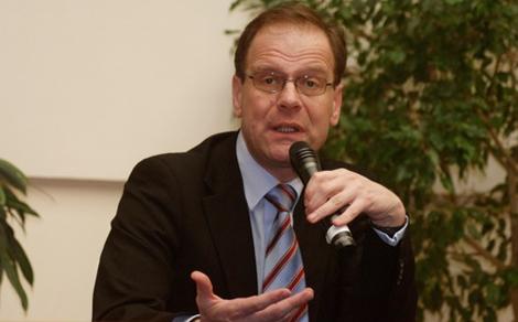 Navracsics Tibor miniszterelnök-helyettes