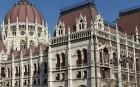 Jövő hét hétfőn folytatódik a vita az alkotmányról a Parlamentben