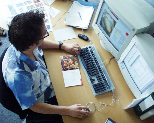 Gazdaságfejlesztési Operatív Program  És Közép-Magyarországi Operatív Program Az Új Széchenyi Terv keretében