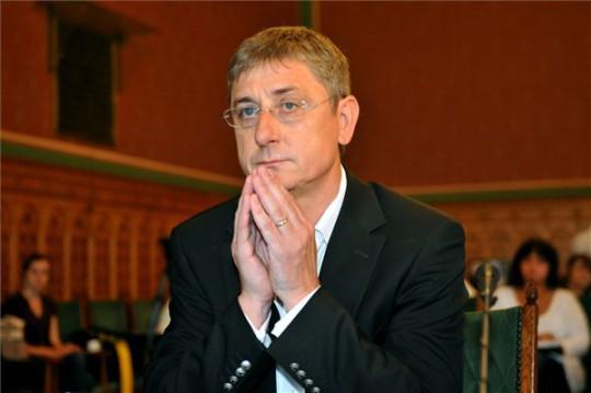Gyurcsány Ferenc az Országgyűlés számvevőszéki és költségvetési bizottsága előtt. Fotó:MTI