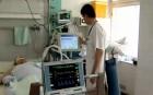 Kamatmentes hitellel támogatná az orvosokat a kormány