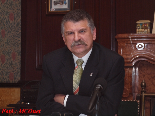 Dr. Kövér László