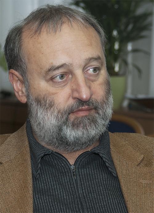 Dr. Dorkota Lajos kormánymegbízott