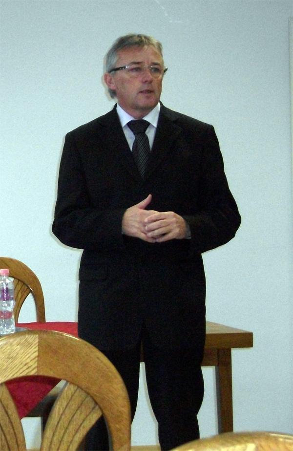 Dr. Hargitai János