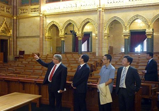 Zhang Wenxiong a Parlamentben