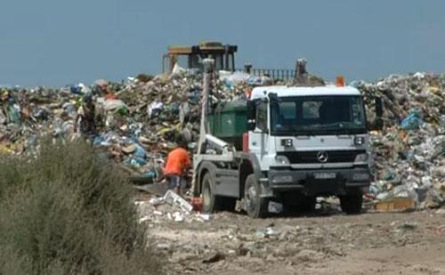 Ismét elfogadták a hulladék törvényt