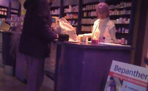A gyógyszertárosnak szeptembertől jobban oda kell figyelnie a gyógyszerek vényére