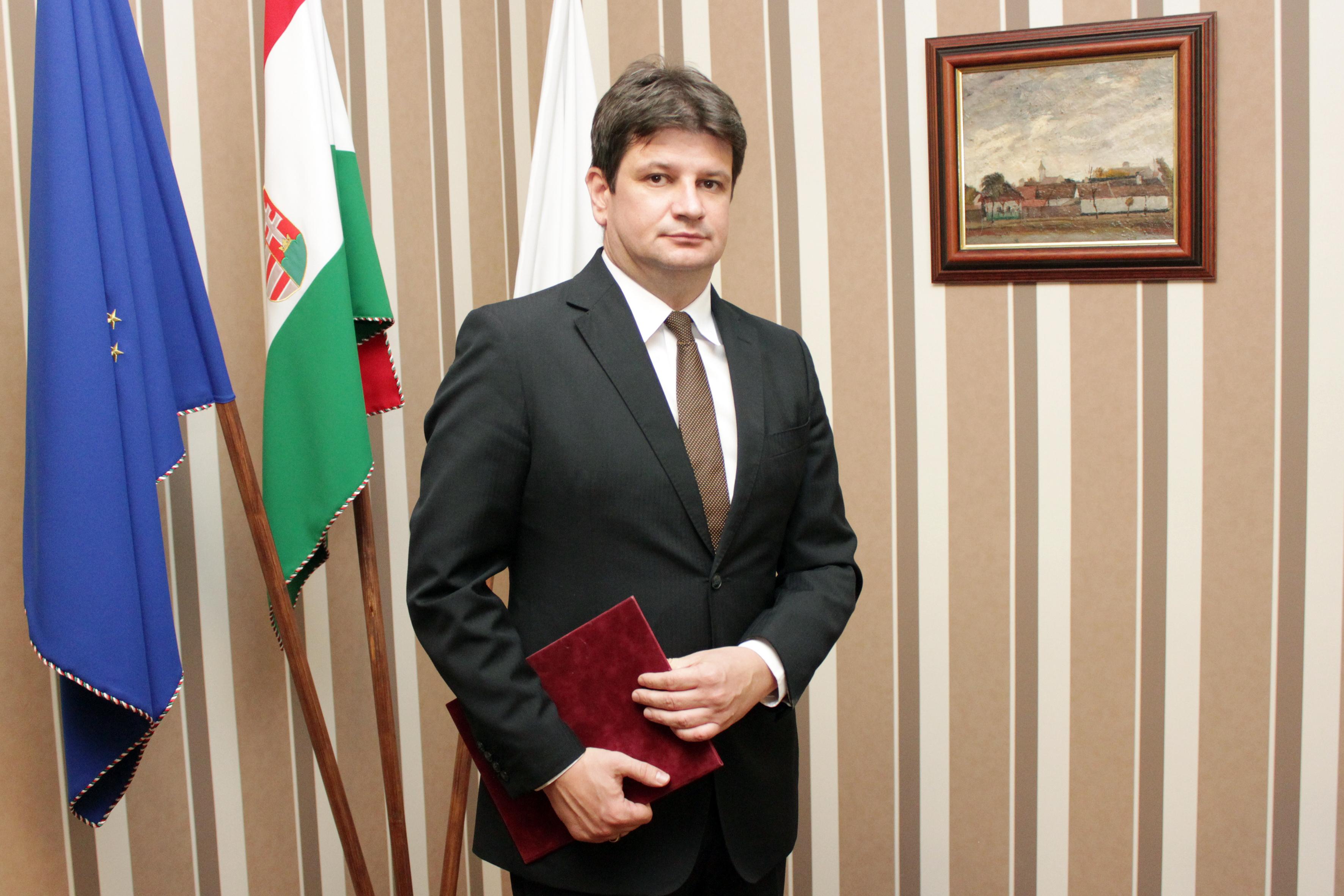 Gajda Róbert Békés megyei Kormánymegbízott