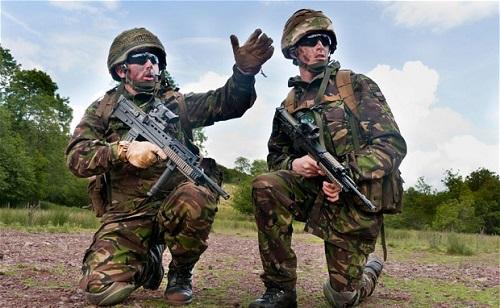 Katonákat küldünk az Iszlám Állam ellen