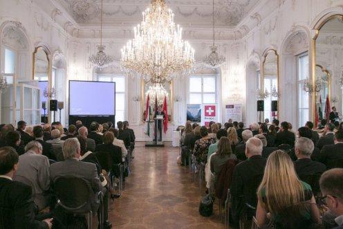 Varga Mihály nemzetgazdasági miniszter, Svájci-Magyar Kereskedelmi Kamara
