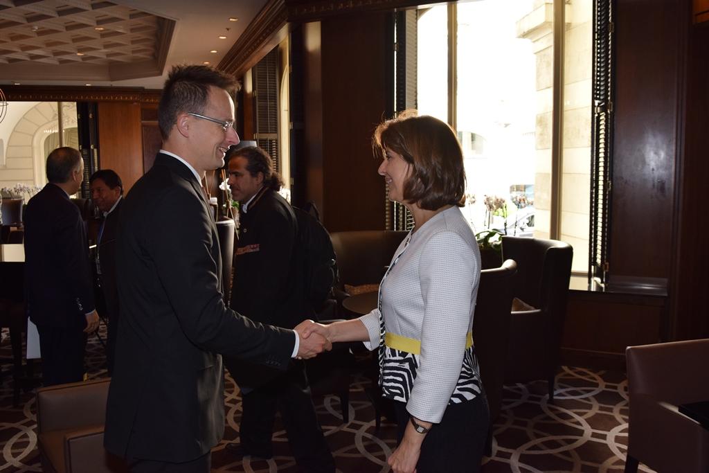 Szijjártó Péter külgazdasági és külügyminiszter  María Angela Holguín kolumbiai külügyminiszterrel