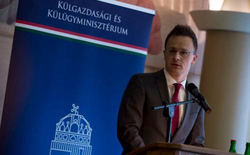 Szijjártó Péter: Tovább bővül a kereskedőházak hálózata