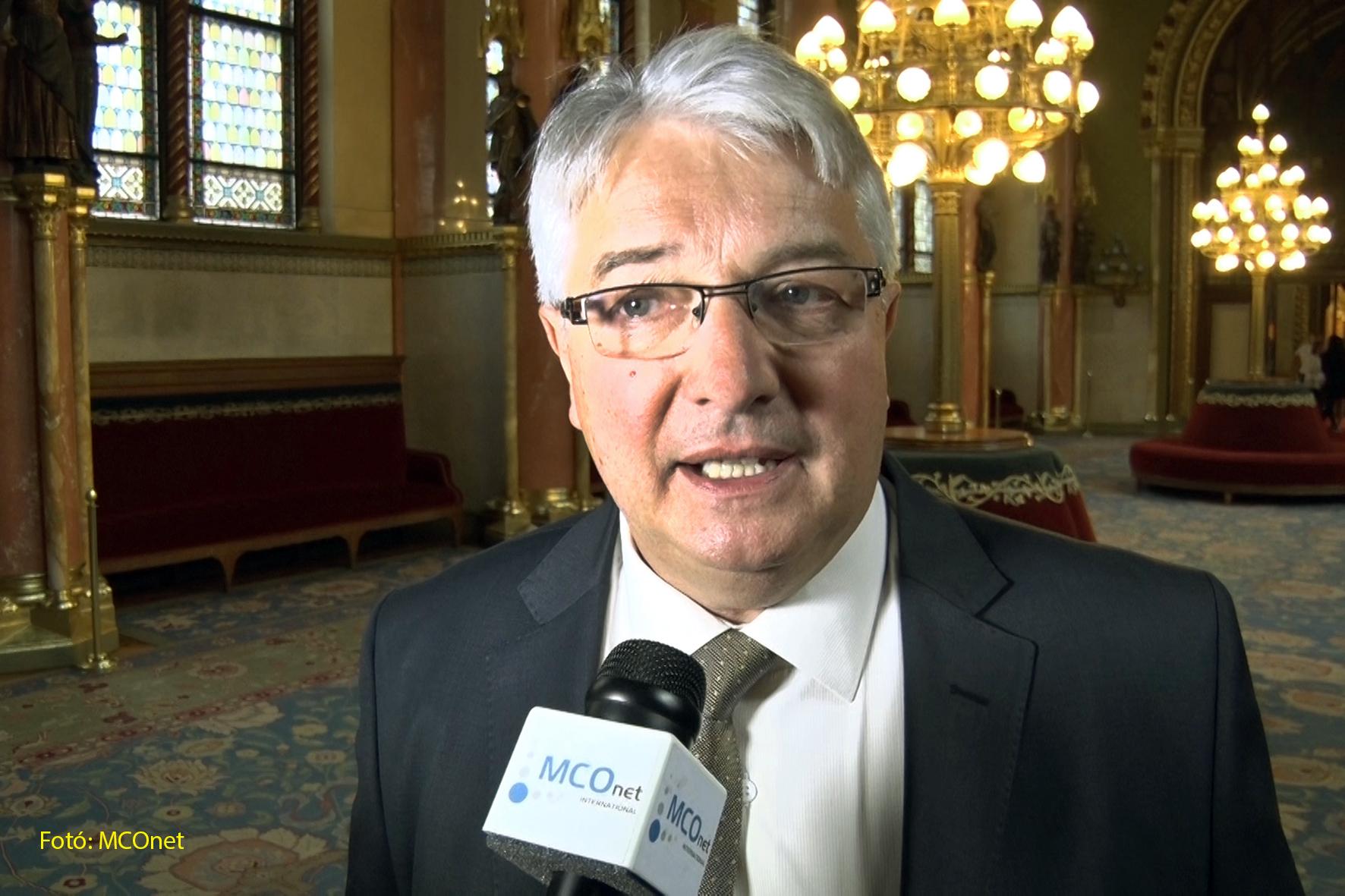 Dr.Pesti Imre országgyűlési kéviselő, a Fidesz közép-magyarországi regionális politikai pártigazgatója