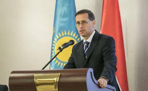 Az iráni és a kazah piacokra is betörhetnek a magyar cégek