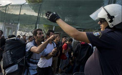 Nem példa nélküli a magyar kerítés az EU-ban