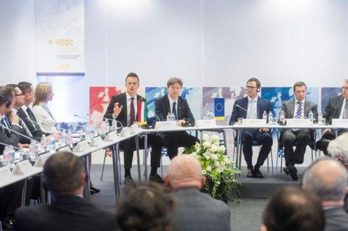 A schengeni rendszer összeomlásának gazdasági hatása beláthatatlan lenne