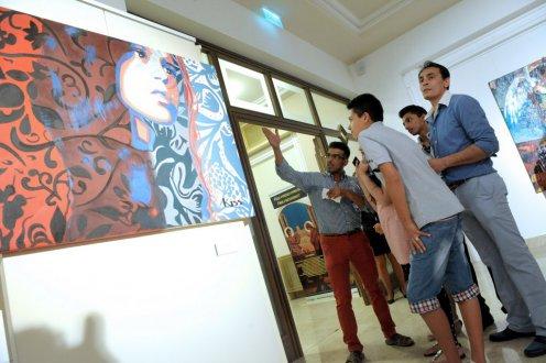 roma képzőművészek kiállítása
