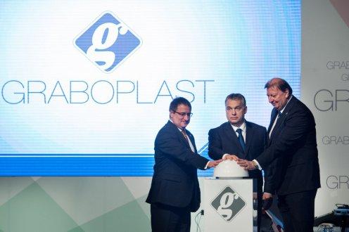 Orbán: a sikerhez az exporton keresztül vezet az út