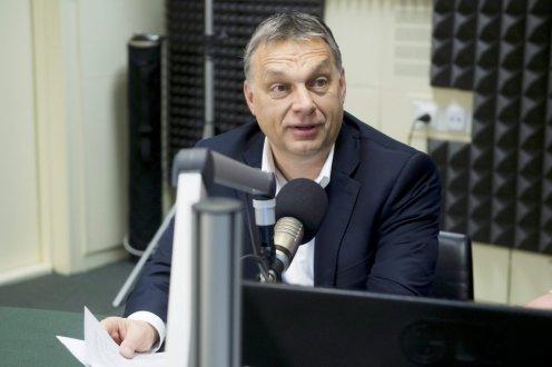 Orbán: itt nem lesznek kerítésáttörések, bevándorlózendülések, felgyújtott menekülttáborok