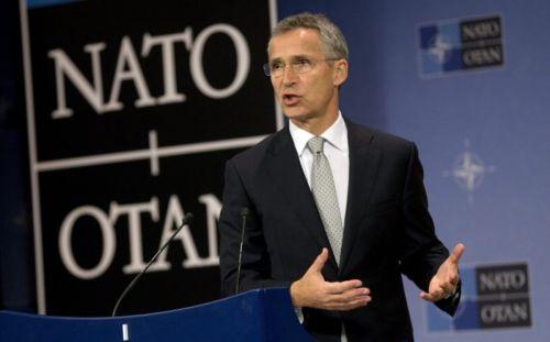 A NATO is szerepet vállalhat a migránsválságban