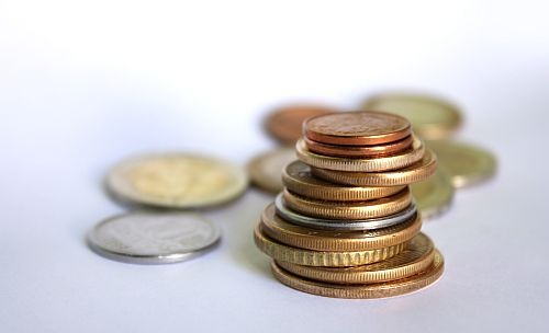 464,8 milliárd forint hiány július végén