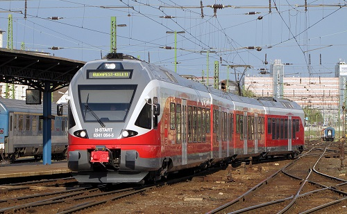 Szijjártó: fejleszteni kell a vasúti infrastruktúrát