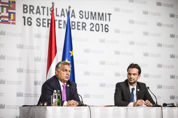 Orbán Viktor - EU csúcs