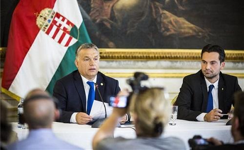 Migrációs csúcs: Orbán Viktor új védelmi vonalat tartalmazó vészforgatókönyvet javasol