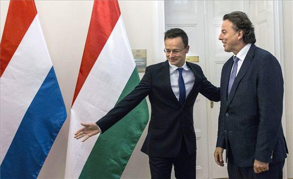Barátiak a magyar-holland kapcsolatok