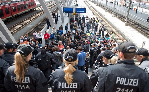A magyar hatóságok esetenként nem megfelelően kezelték a menedékkérőket