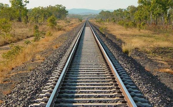 Évi 2,3 milliárd forint a Budapest-Belgrád vasútvonal újjáépítésére