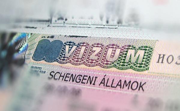Még idén vízummentességet kaphat Ukrajna