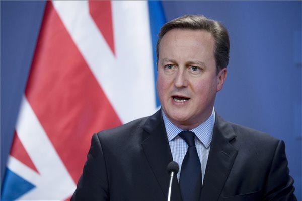 Európának szoros és erős külső határvédelem kell - David Cameron Budapesten