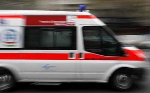 Mentőautóval ütközött egy személygépkocsi
