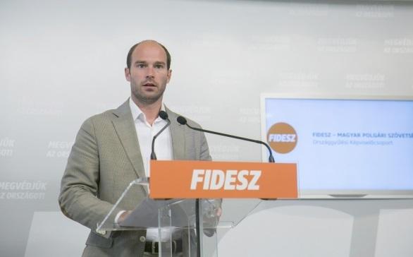 Fidesz-KDNP: kiszámíthatóság és megbecsülés az egészségügyben és a pedagógusoknál