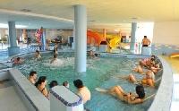 Relaxáló környezet, színvonalas szolgáltatások vonzzák a fürdők látogatóit