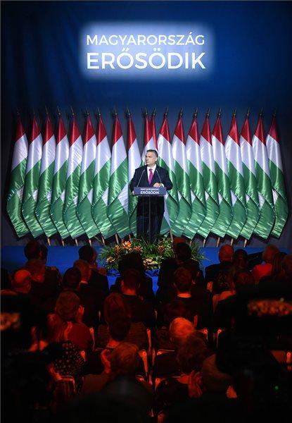 Orbán Viktor miniszterelnök hagyományos évértékelő beszédét tartott a Várkert Bazárban