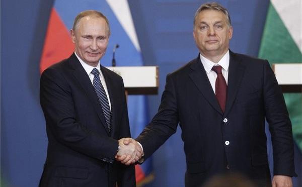 Orbán Viktor miniszterelnök és Vlagyimir Putyin orosz elnök
