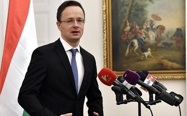 Szijjártó: szorosabbra fűzik a magyar-orosz nehézipari fejlesztési együttműködést
