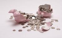 Hitelintézetek fizetnek vissza pénzt az ügyfeleknek