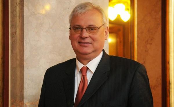 Aradszki: Magyarország teljesíteni tudja az energiapolitikai elvárásokat