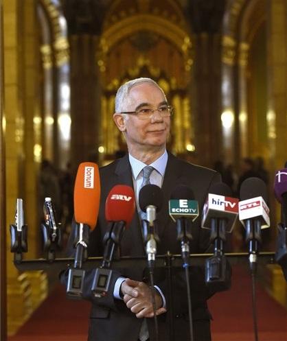 Balog Zoltán, az emberi erőforrások minisztere sajtótájékoztatót tartott nagypéntek munkaszüneti nappá nyilvánításáról