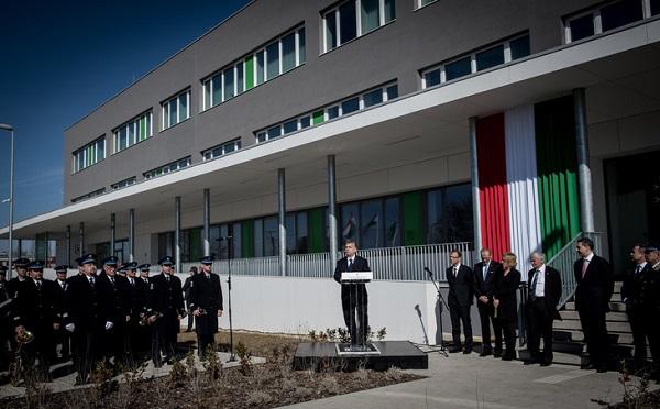 Átadták az utolsó kormányablakot, amely a Szigetszentmiklósi Igazgatási Központban kapott helyet