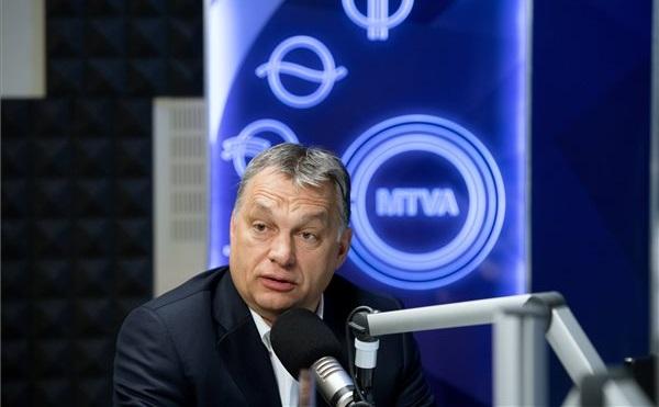 Orbán: a második kerítés a legnagyobb tömegeket is feltartóztatja majd