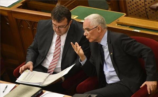 Balog: a törvénymódosítás