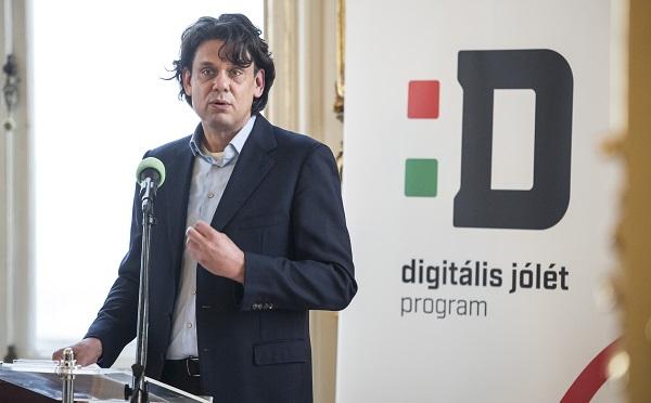 Zajlik a Digitális jólét program 2.0 szakmai egyeztetése