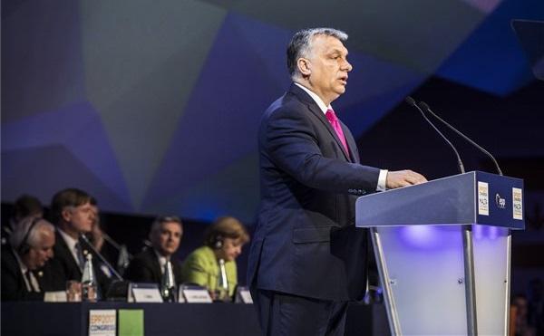 Orbán: Európa jövője árnyékot vet Európa jelenére