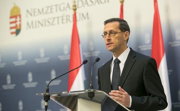 Varga Mihály a Visegrádi négyek munkaügyi és szociális ügyekkel foglalkozó minisztereinek találkozóján vesz részt